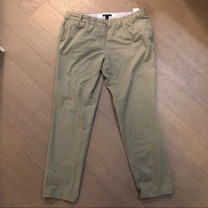 2/40$ 🌞 Tommy Hilfiger low rise green pants